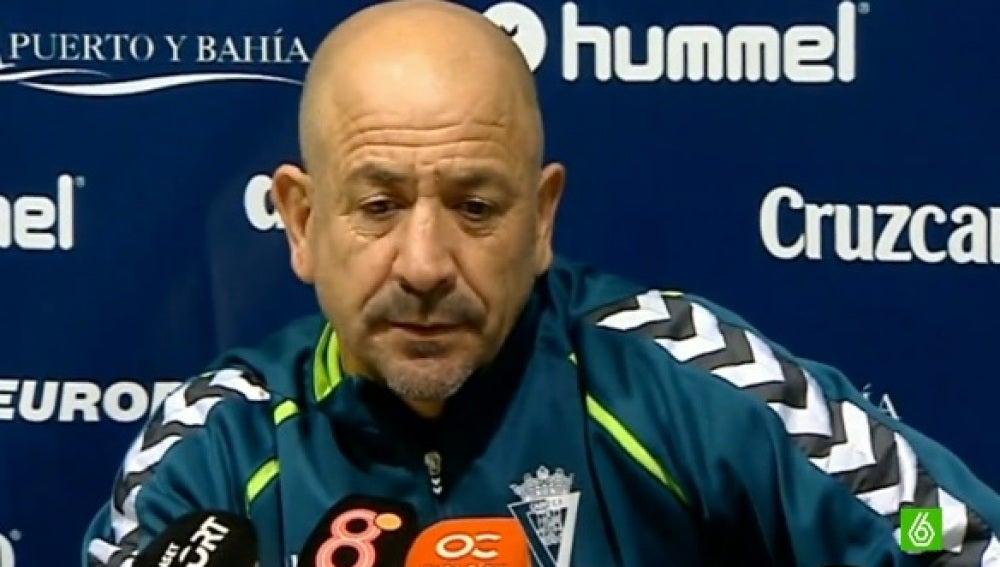 El entrenador del Cádiz, Claudio Barragán