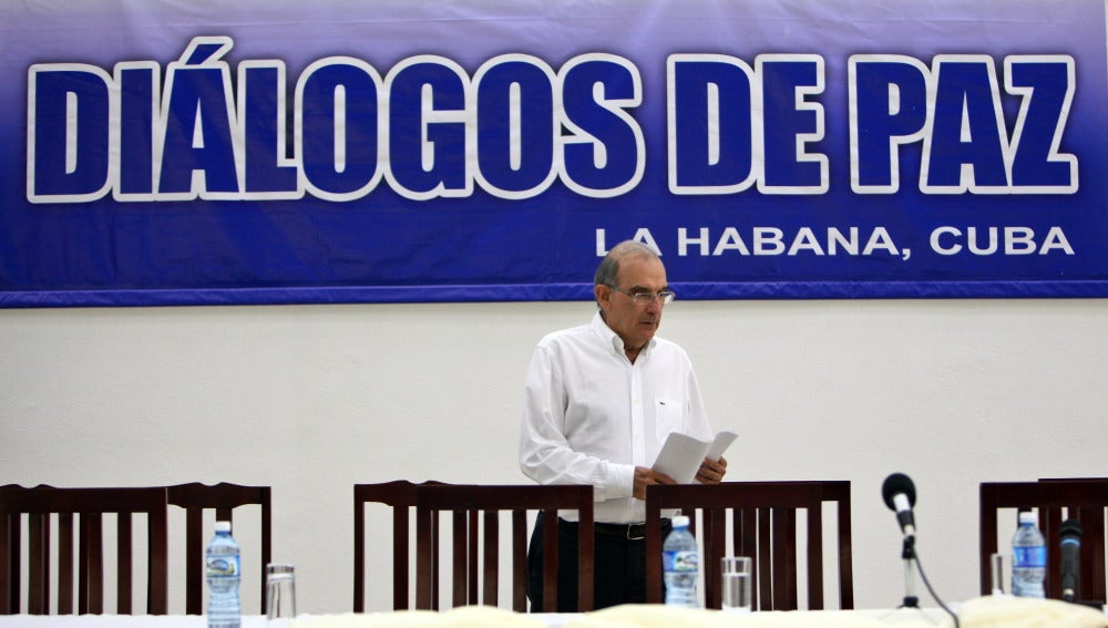 El jefe de la delegación del Gobierno colombiano en diálogos de paz con las FARC, Humberto de la Calle.