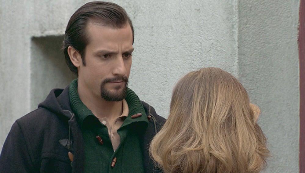 Leonor estrecha lazos con Lucas
