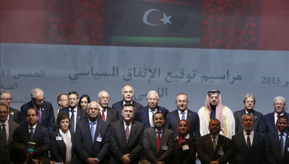 Las partes libias junto a la comunidad internacional