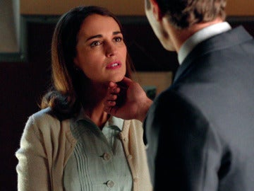 Carlos presencia una cercana conversación entre Marco y Ana