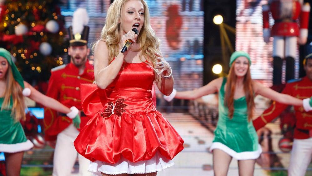 "Ruth Lorenzo canta el villancico ""All I want for Christmas is you"" de Mariah Carey"