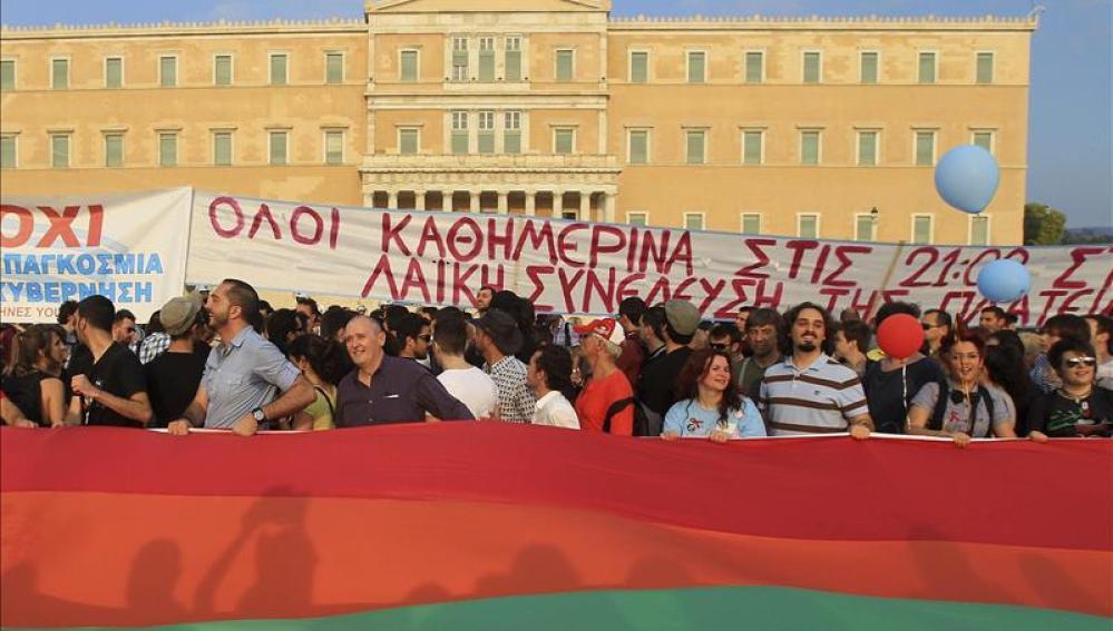 Grecia aprueba el matrimonio homosexual