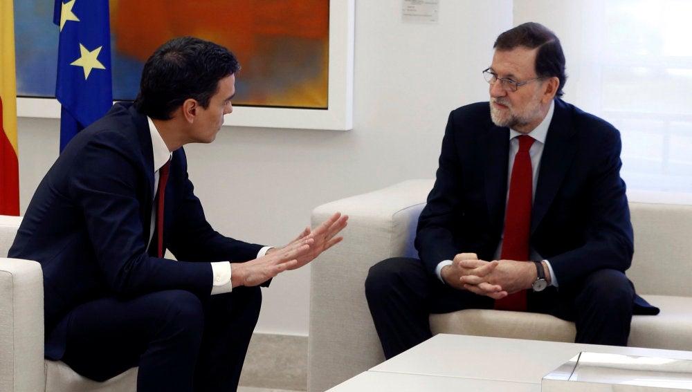 Pedro Sánchez y Mariano Rajoy, durante su encuentro en La Moncloa