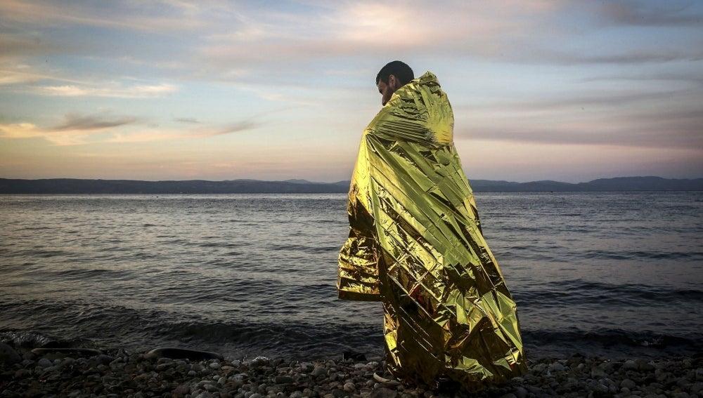 Refugiado en la isla de Lesbos