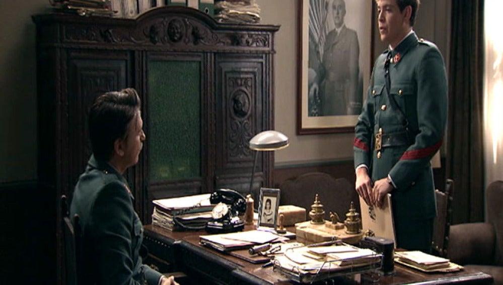 Guillermo descubre que su padre está investigando a Tomás
