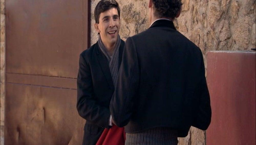 Ángel está eufórico por su cita con el famoso torero El Rondeño