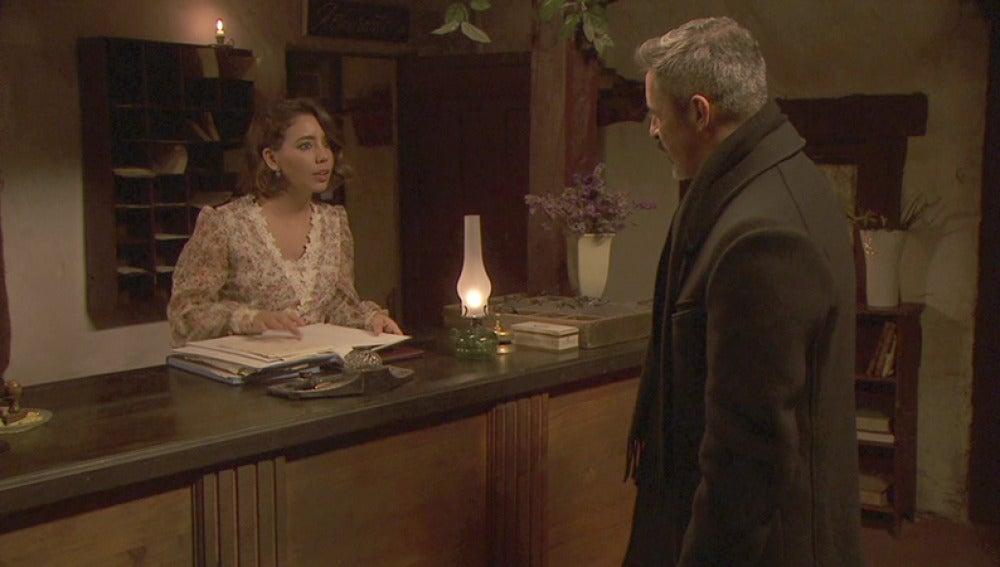 Alfonso intenta recuperar a Emilia