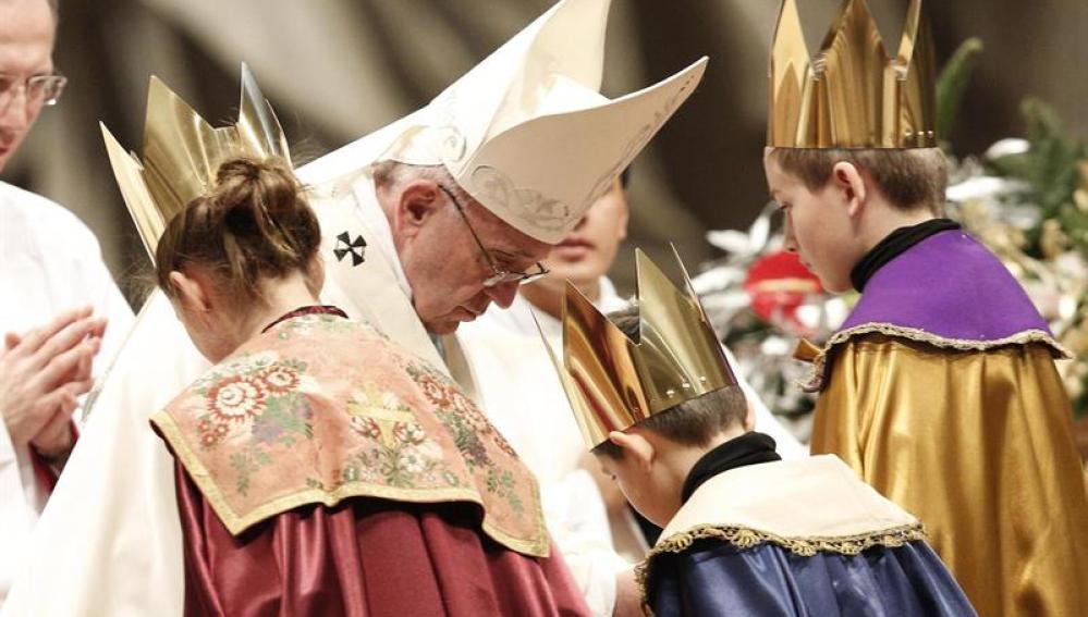 Una reina maga con el Papa Francisco