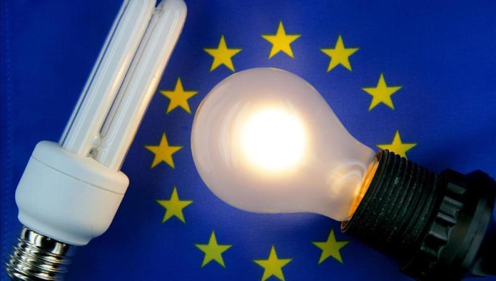 Facua pide una tarifa máxima de luz totalmente regulada