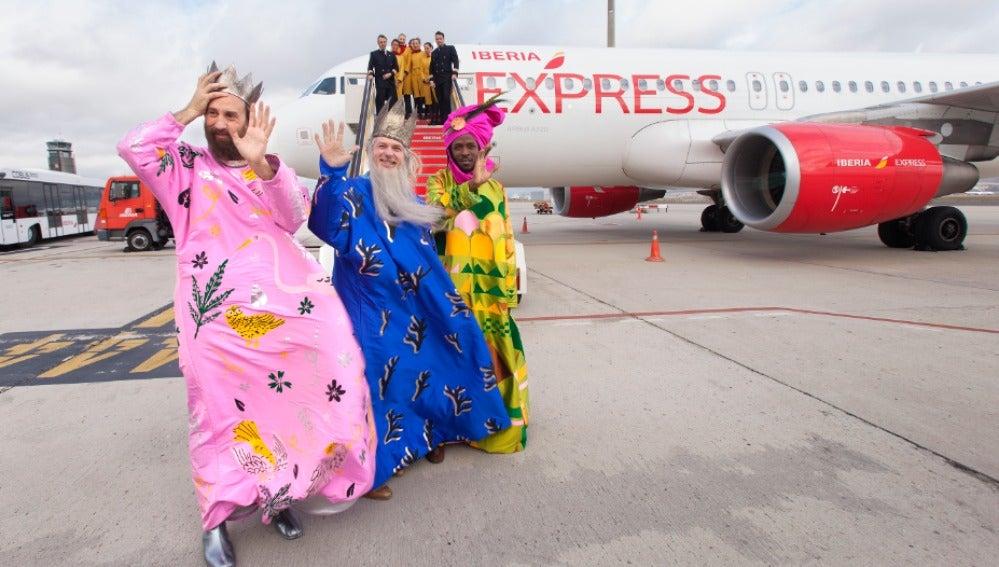 Los Reyes Magos en la Terminal 4
