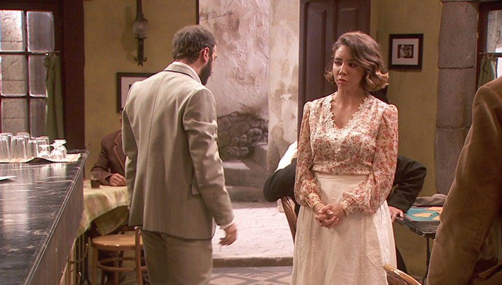 Emilia echa a Eliseo de la Posada