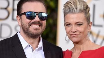 Ricky Gervais a su llegada a la gala de los Globos de Oro