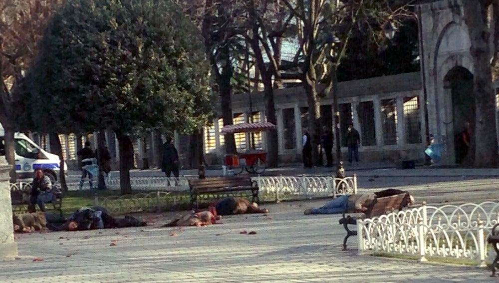 Una explosión deja varios muertos en Estambul