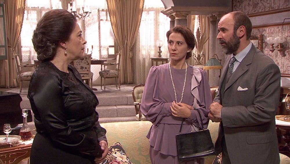 Francisca amenaza a los Mella por no aceptar su oferta