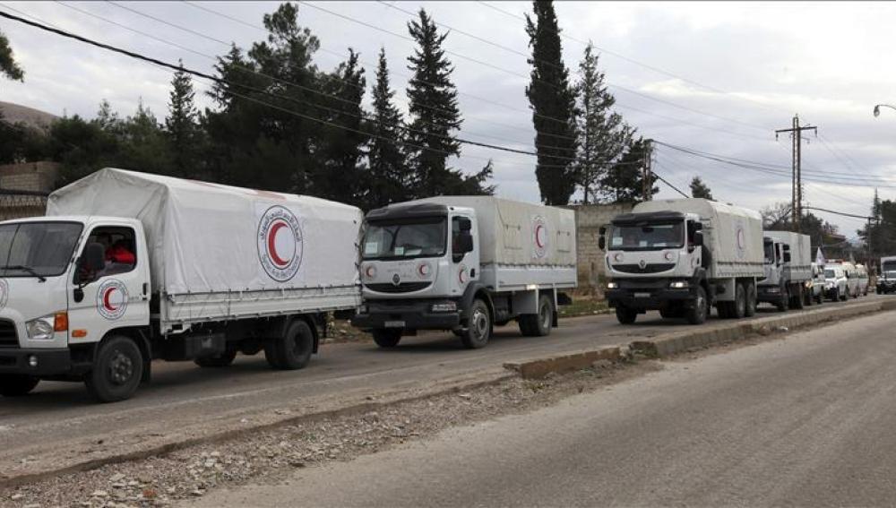 Varios convoyes cargados con ayuda humanitaria se dirigen a Madaya