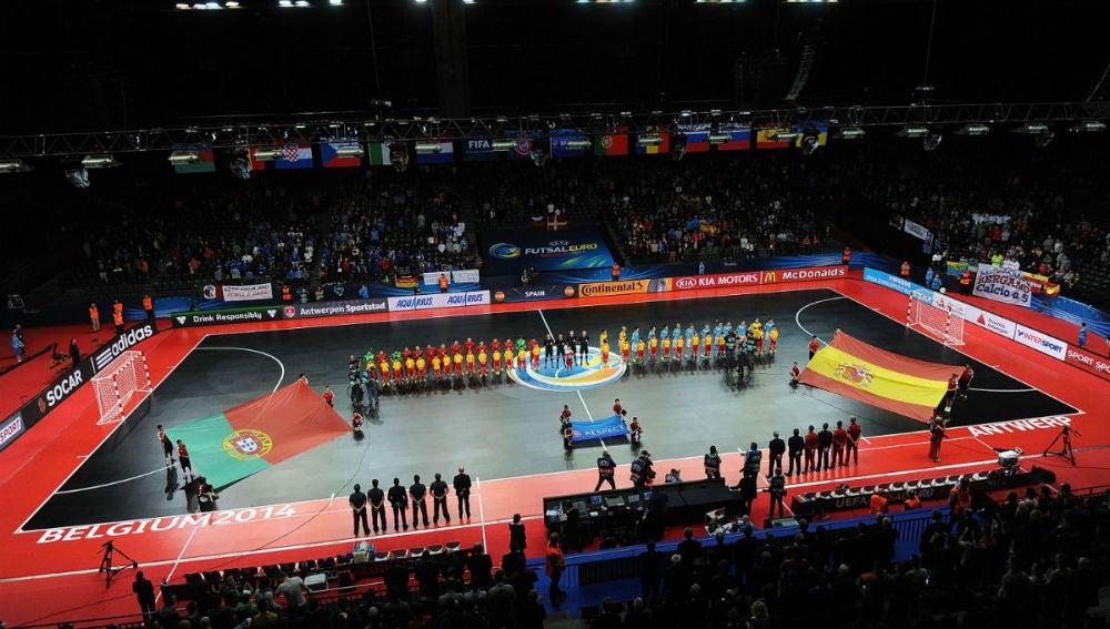 Partido por el tercer puesto entre Portugal y España en la Euro 2014