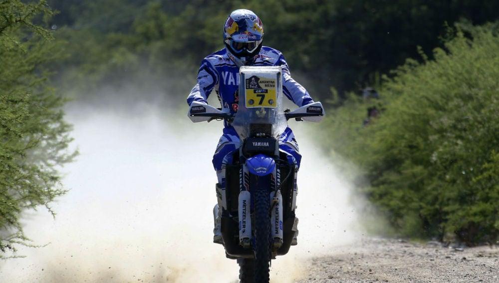Helder Rodrígues pilota su Yamaha en la 12ª etapa del Dakar
