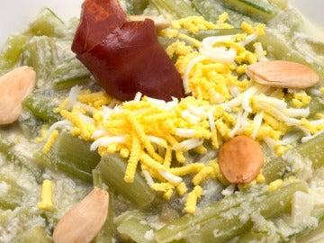 Borraja en salsa de almendra