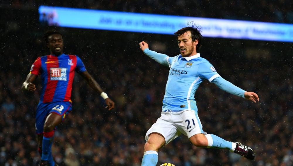Silva remata frente al Crystal Palace