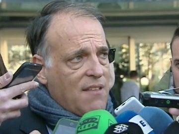 Javier Tebas, hablando con los medios