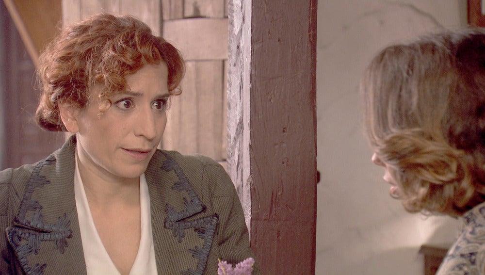 Fe y Emilia elaboran un plan para engañar a Francisca