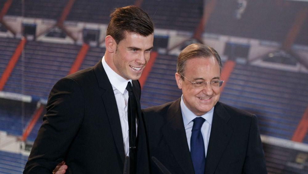 Gareth Bale y Florentino Pérez
