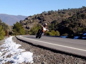 Motorista en invierno