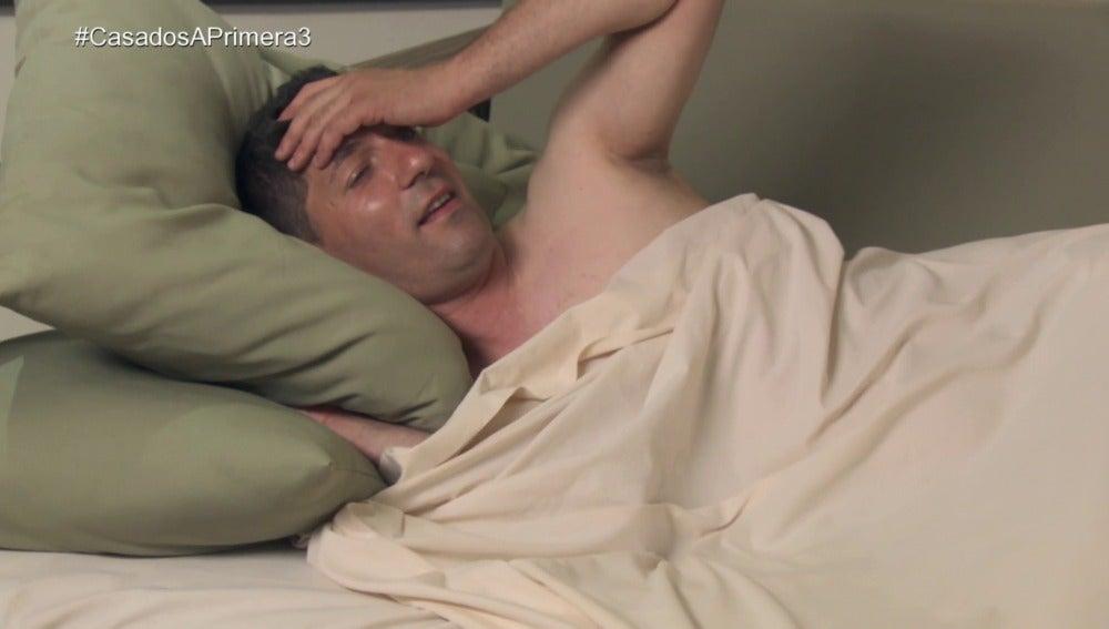 """Bernardo la lía en su noche de bodas: """"Buenas noches Almudena"""""""