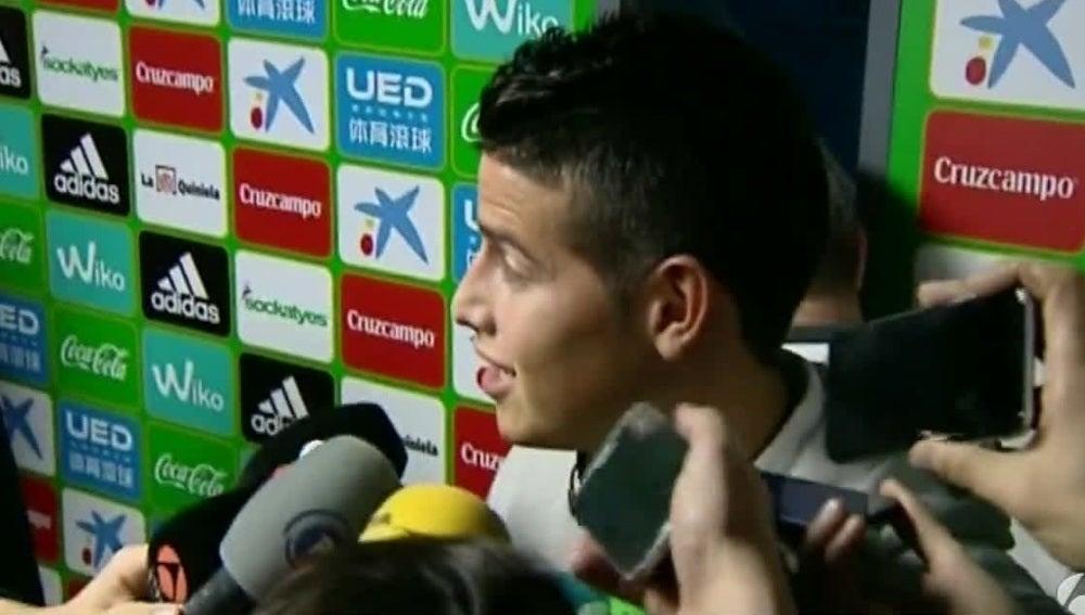 James Rodríguez habla ante los medios de comunicación