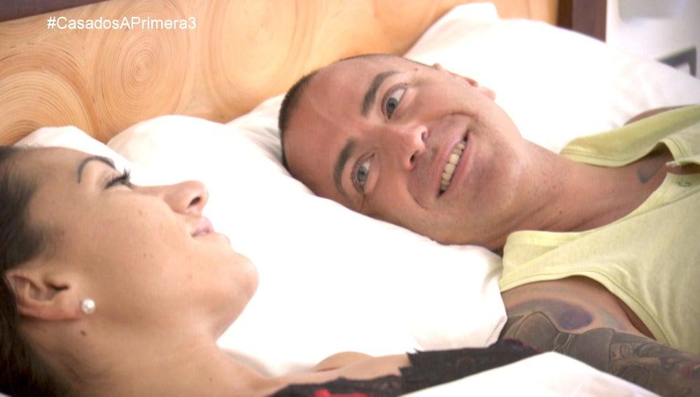 Sabrina y Jonathan amanecen por primera vez como marido y mujer