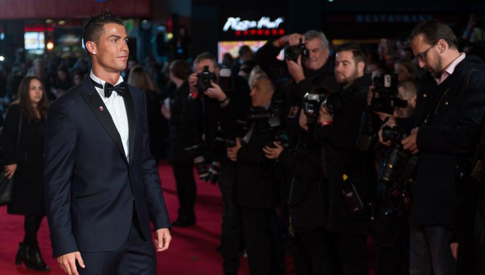 Cristiano Ronaldo ante los focos