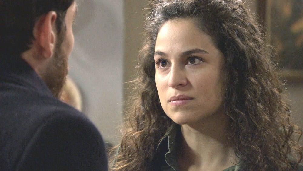 Carmen se enfrenta a Toni