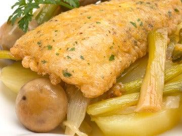 Locha con cebolleta, patata y champiñón