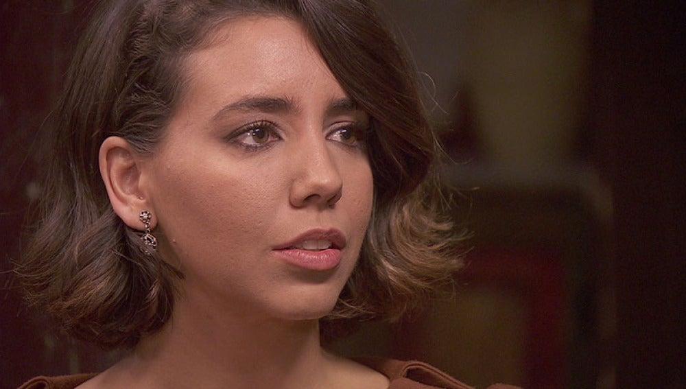 Emilia toma la decisión de irse a Málaga con César