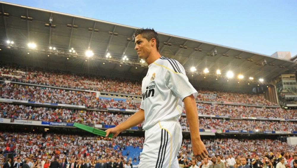 Cristiano Ronaldo, el día de su presentación con el Real Madrid