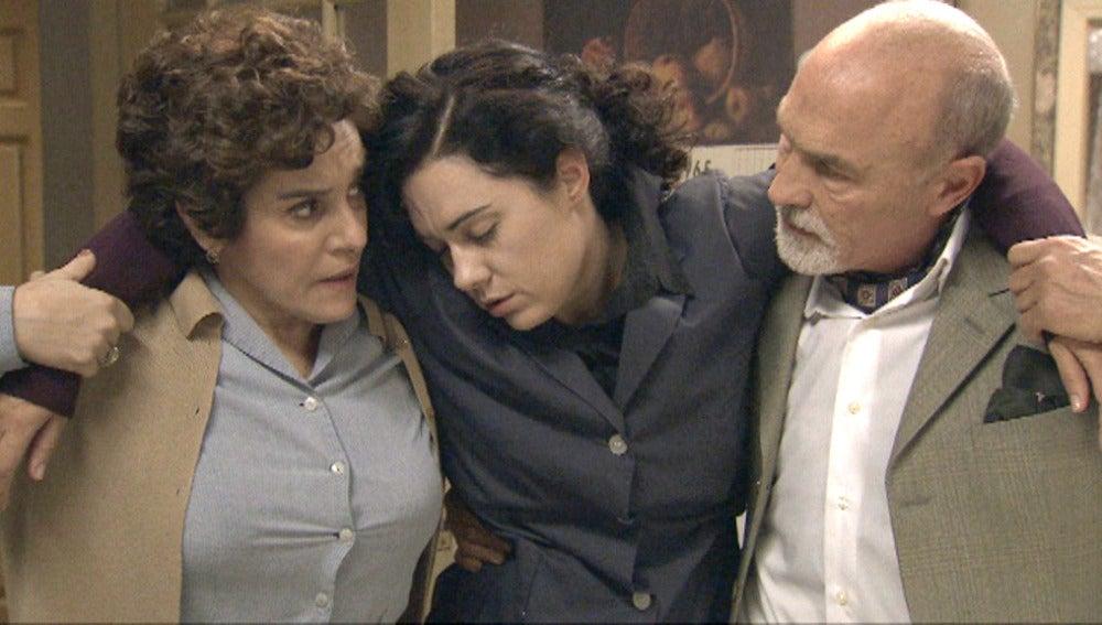 Pepa se toma por error la trampa que Benigna había creado para   Elías