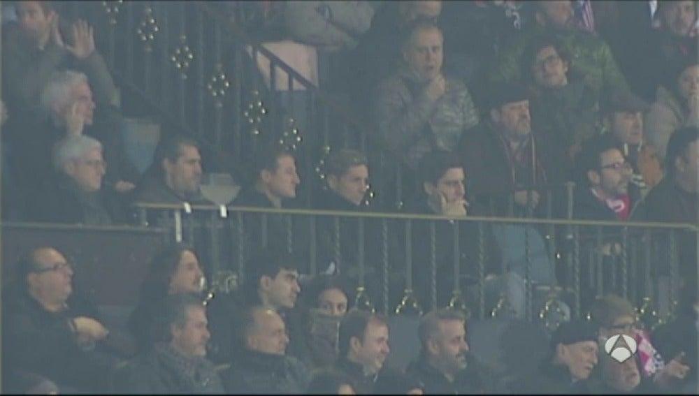 Frame 30.992132 de: El Calderón coreó los nombres de Fernando Torres y del Cholo Simeone