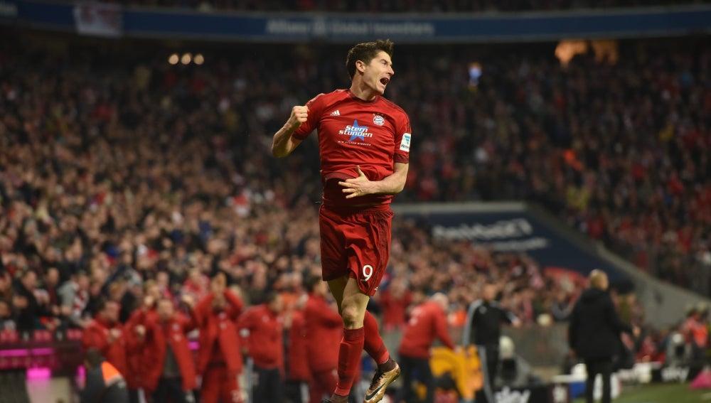 Robert Lewandowski celebra un gol con el Bayern de Múnich