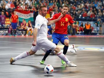 España ganó con rotundidad su primer partido del Europeo ante Hungría