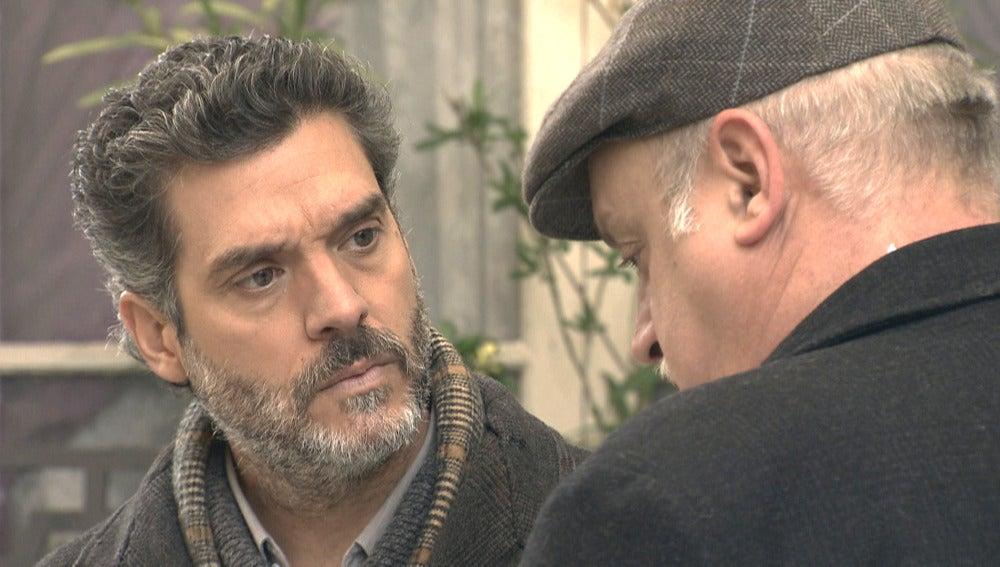 Gervasio le cuenta a Eladio que fue él quien mató a López