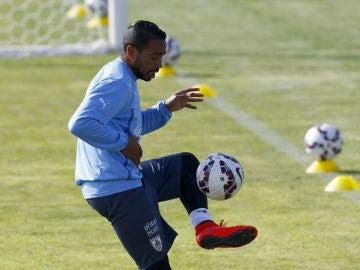 El jugador Álvaro Pereira