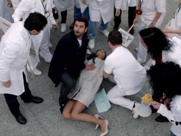 Alex y Manuela se dejan los ahorrillos en la entrada del piso