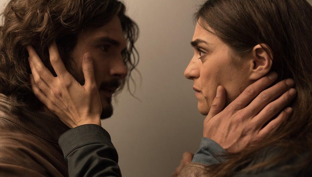 Víctor y Belén, cada vez más cerca
