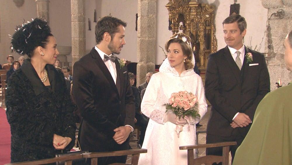 Miguel y Leonor celebran su enlace