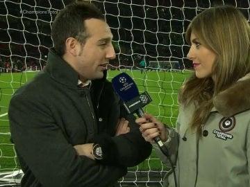 Santi Cazorla, con Susana Guasch antes del Arsenal - Barcelona