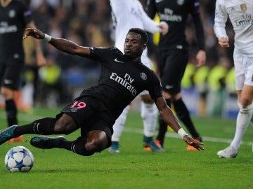 Serge Aurier durante el partido contra el Real Madrid