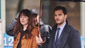 Así lucen Dakota y Dornan en el set de 'Cincuenta Sombras más oscuras'