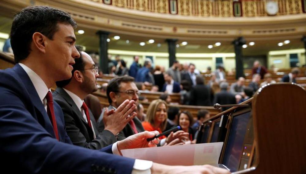Pedro Sánchez en la segunda sesión del debate de investidura