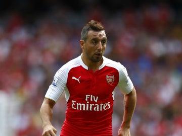 Santi Cazorla durante un partido con el Arsenal